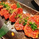 なかみ屋本店 - 赤身肉