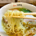 鶏そば カヲル - 中麺です