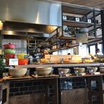 奈良食堂 - サラダバーはこんな感じ