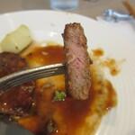 Bistro Bisque - お肉断面