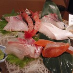 地魚料理 まるさん屋 - お刺身御膳