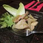 池袋 ビストロ モンパルナス - キノコとセロリのマリネ