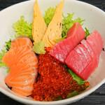 海湘丸 - 料理写真:海鮮丼 1450円