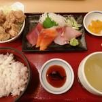 よかたい - お刺身と唐揚げ定食 980円