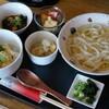 創作おうどん 遊佳 - 料理写真:ミニ丼セットおうどん大盛り