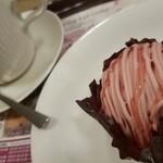 カフェ・ド・クリエ - あまおう苺のモンブラン