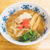 麺鯉 - 料理写真:とんこつ醤油 紅しょうが乗ってます