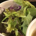 イベリコ豚・ワイン居酒屋 ドンファン - サラダ