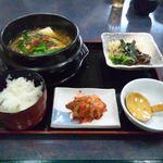 片桐 - 2012.4 チゲ小鍋定食(\990)