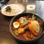124930628 - 牡蠣カレー&玄米ご飯(1661円)2020年2月