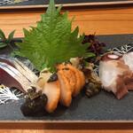 124935753 - お造りです しめ鯖(上品) サザエ(超美味) タコ(ウルトラ美味)