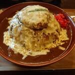 クッキングフォレスト - チーズハンバーグカレー(大盛)