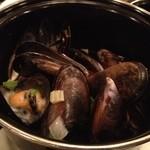 12494096 - ムール貝のビール蒸し。 プリプリ・ジューシーで、美味。