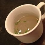 12494098 - ビール蒸しに、スープにして頂く。