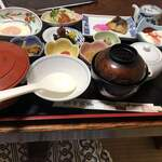 権現山荘 - 料理写真: