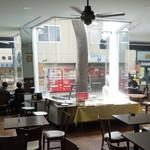 シャポーブラン - 店内の雰囲気