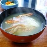12498415 - 煮魚でお食事(金目鯛の煮つけ)についていたカニの味噌汁