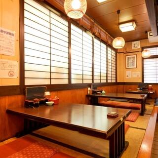 ◆ゆったりとした空間で落ち着いてお食事できます♪