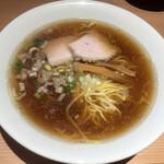 江ノ島らぁ麺 片瀬商店 - 地魚醤油らぁめん(680円)