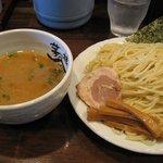 麺屋 茅根 - つけ麺 大盛り400グラム
