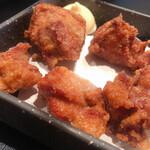 鉄板焼 蕾 - 鶏からあげ