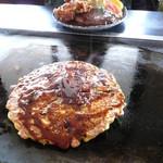 オレンジりんご - 料理写真:お好み焼き+鶏唐揚げ+ハンバーグ