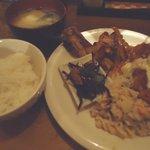 松南食堂 - MIX定食¥750