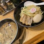 125028971 - 特製つけ麺 並 200g 1100円