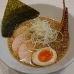 八の坊 - 料理写真:①魚そば(¥750)…あっさりした塩・鶏叉焼+姫竹メンマ