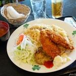 カフェレスト木鶏 - 料理写真:2019年8月 Aランチ(焼めし・白身フライ・みそ汁)【850円】