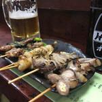 お加代 - 串焼き(ぶたなんこつ、ぼんじり、スパイシーラム焼)