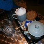 12505633 - カプチーノ(430円)とホットコーヒー(380円)