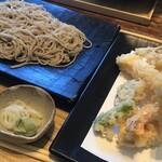 恵比寿初代 - 料理写真:上天ぷらそば切り