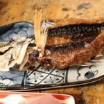 川かみ鮮魚 - グルクンの唐揚げ