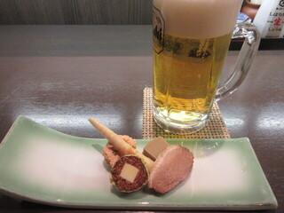 仙人屋 - お通しと生ビール