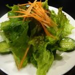 イノルトレ - セットのサラダ