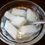 Sankyuuchuubou - 杏仁豆腐的な
