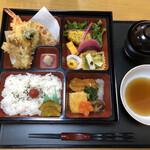 かまくら割烹 - 日替わりランチ(税込990円)
