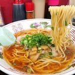 中華そば 駒 - 中細麺はカタメオーダーで  (´˘`๑)