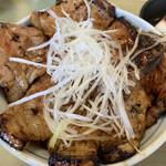 125078897 - 豚丼