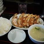 ビックラーメン - W餃子定食