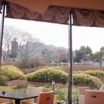 コンチネンタルレストランFirenze - 晴れてたら金華山が見えます。