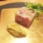 BISTRO INOCCHI - アミューズ 豚足のコラーゲン寄せ