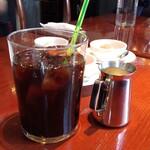 カフェ ラ・ボエム - 大きなカップ
