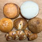 清泉寮パン&ジャム工房 - 料理写真:今回買ったパン