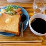 MEEDAFU'S YUI HOSTEL and COFFEE - モーニング