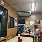 しみずや - 昭和食堂的な店内です。