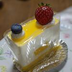 125103027 - 『レアチーズムース』 420円