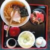 手延ラーメン寿司 大金 - 料理写真:鉄火丼ラーメン全景
