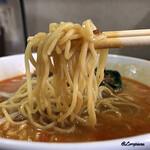 翠陽 - スープが良く絡む中細麺